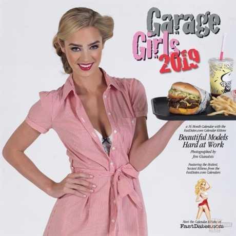 Custom Chrome Custom Chrome Garage Girls Calendar 2019  - 65-3411