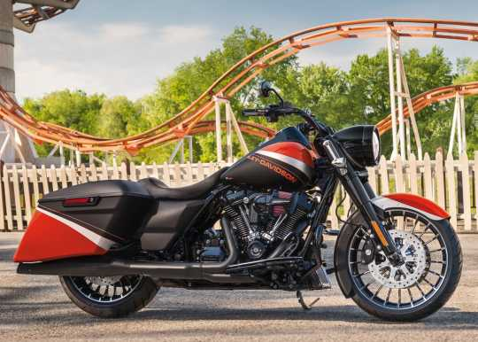 "Harley-Davidson Turbine 18"" Rear Wheel Contrast Chrome  - 40900405"
