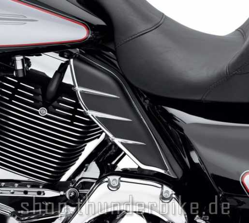 Harley-Davidson Mid-Frame Air Deflector Trim  - 61400028