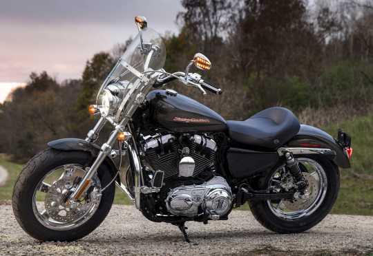 "Harley-Davidson Sundowner Solo Seat 15""  - 52000203"