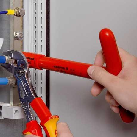 Knipex Knipex Cobra® Hightech-Wasserpumpenzange 250mm VDE  - 581989