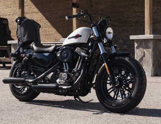 "Harley-Davidson Headlamp Trim Ring 5 3/4"" gloss black  - 67700116"