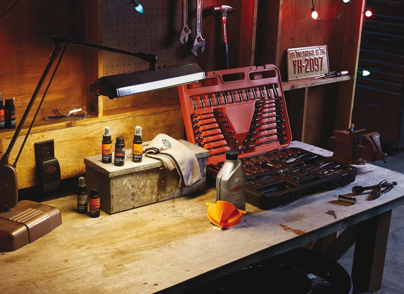 harley davidson werkzeug kit premium koffer 14900033. Black Bedroom Furniture Sets. Home Design Ideas
