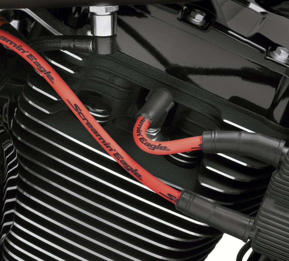 Screamin' Eagle 10mm Phat Spark Plug Wires red on