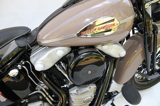 H//D New style twin cam cover gasket