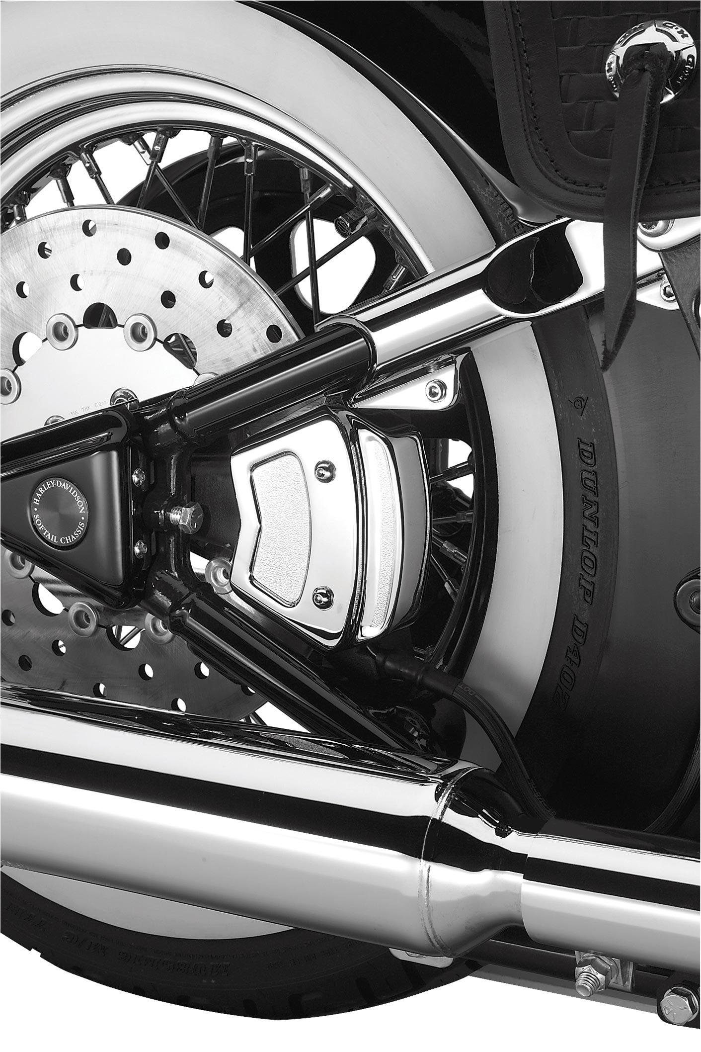 43553-00 Bremssattelabdeckung hinten chrom Dyna 00-05 & Softail 00-07