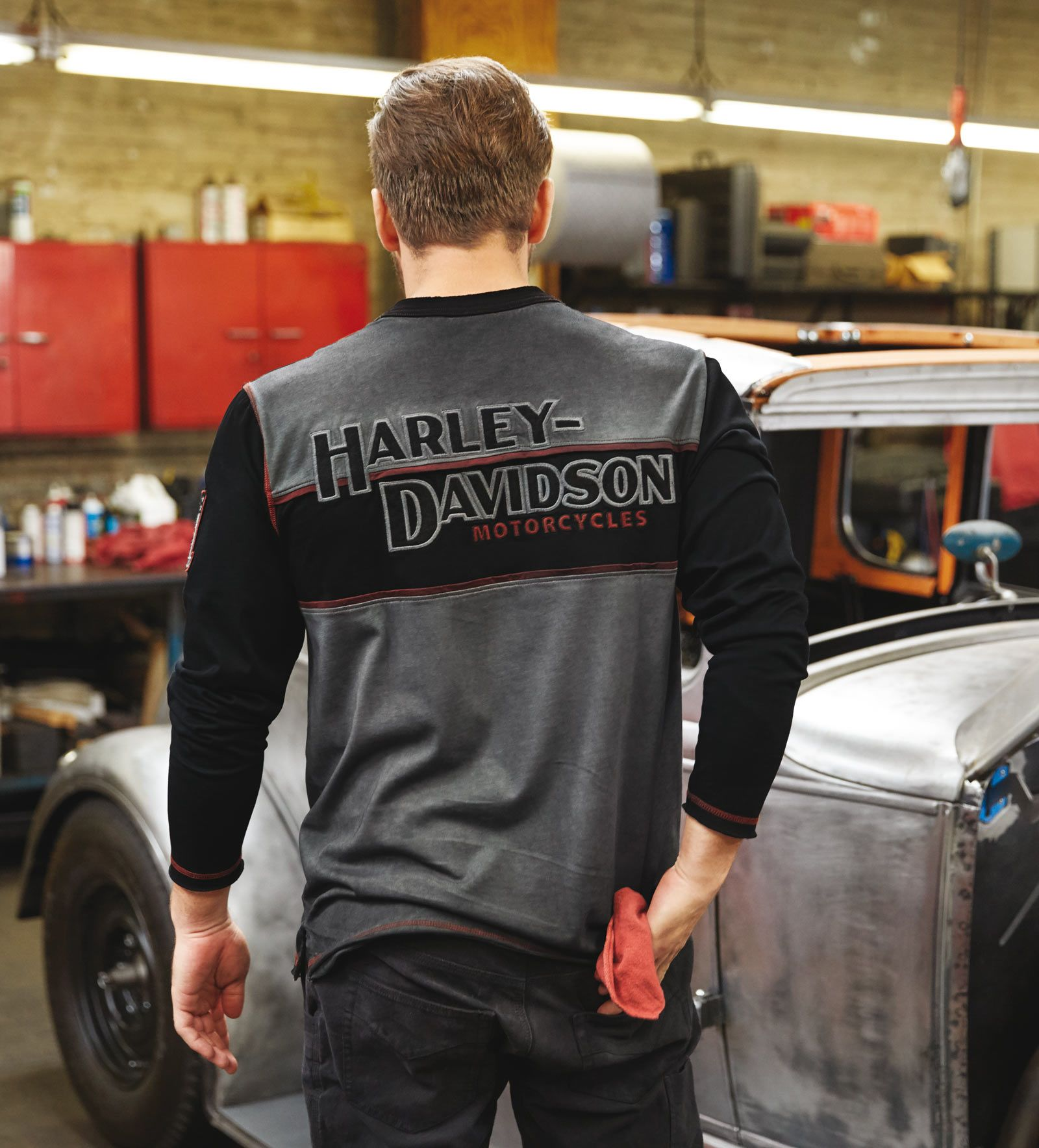 99007 17vm harley davidson sweatshirt iron block im. Black Bedroom Furniture Sets. Home Design Ideas