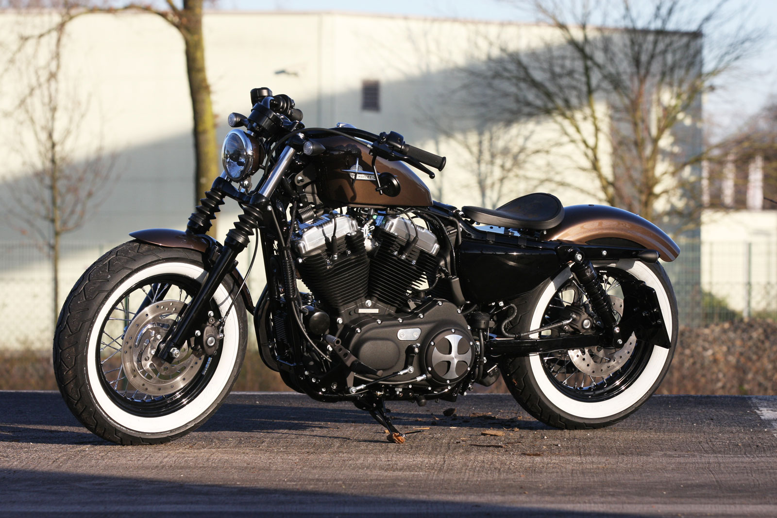 thunderbike sitzhalter fellow f r sportster ab 10 04 06. Black Bedroom Furniture Sets. Home Design Ideas
