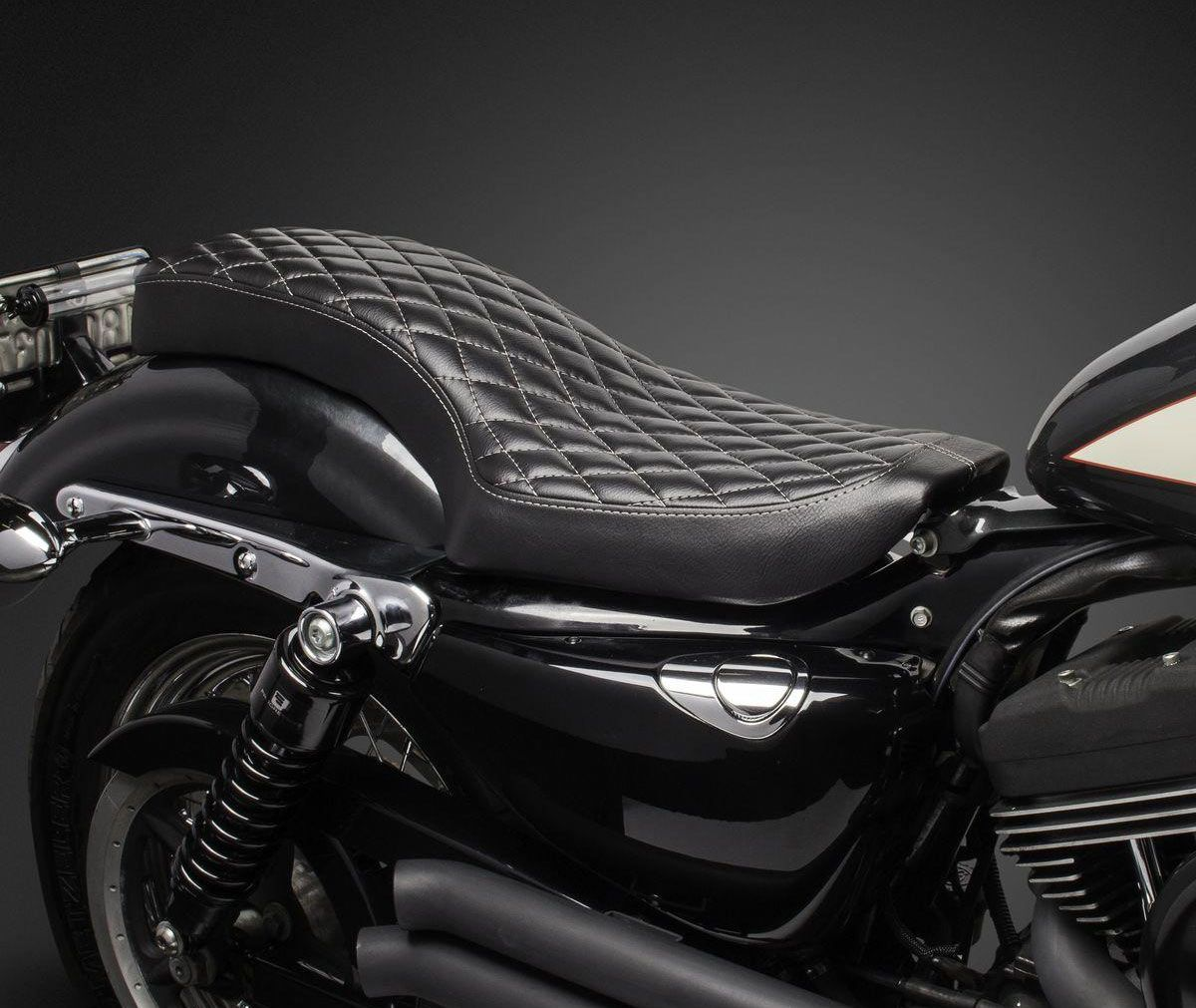 Biltwell Hb Seat Diamond Black For Sportster Xl 04 06
